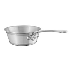 Cuisine Moderne by M&A Splayed sauce pan