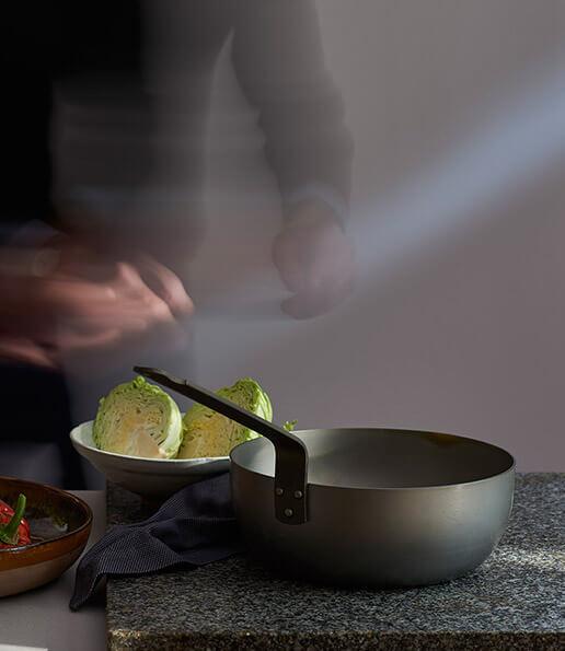 La collection M'STEEL,  la tradition culinaire au naturel.